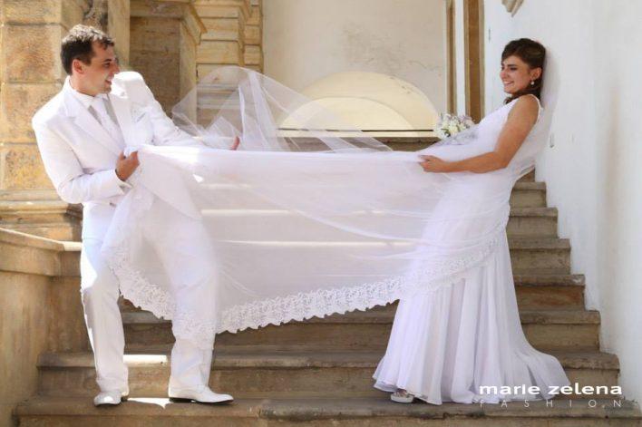 Svatební šaty - Petra a Honza