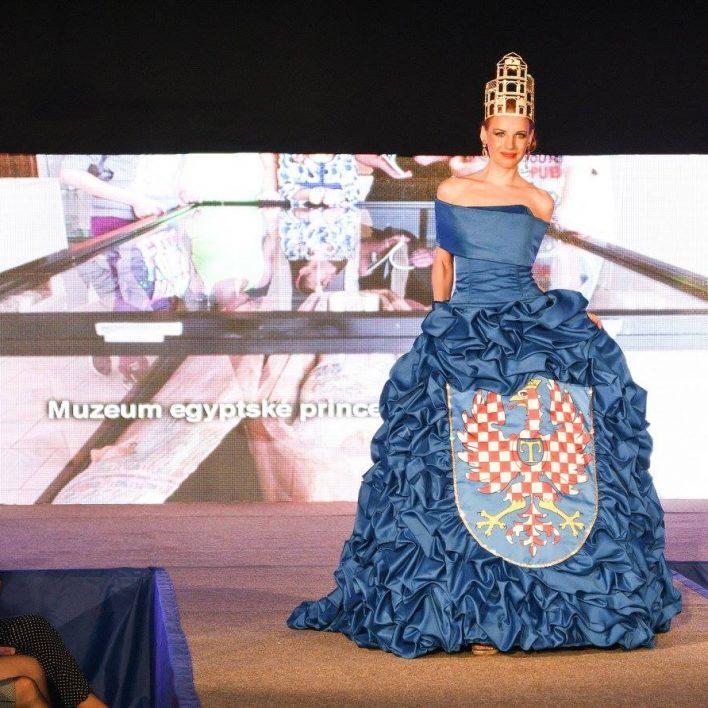 Reprezentační šaty pro město Moravská Třebová