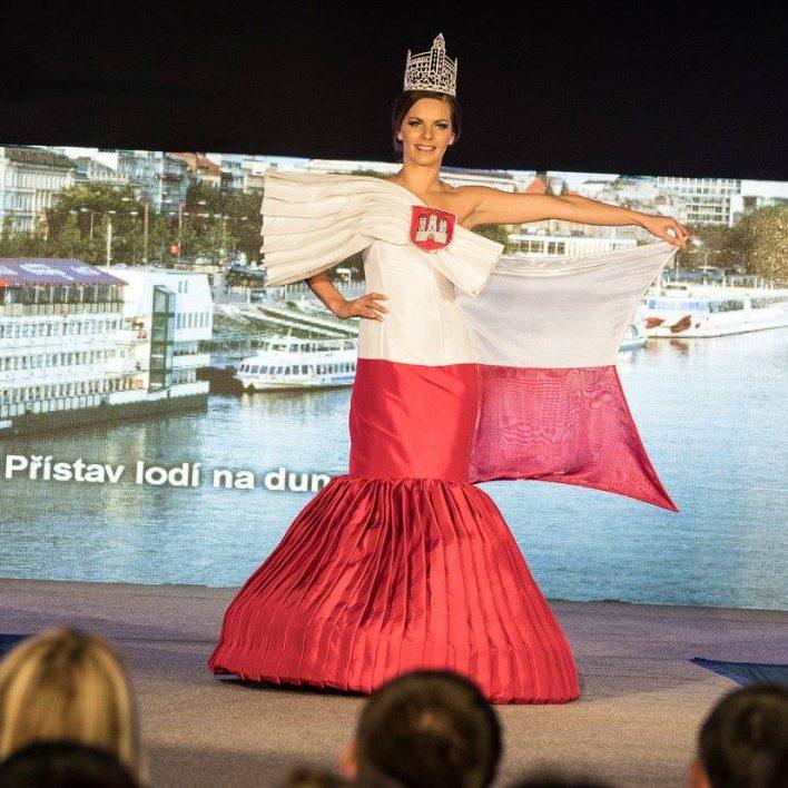 Reprezentační šaty pro Bratislavu