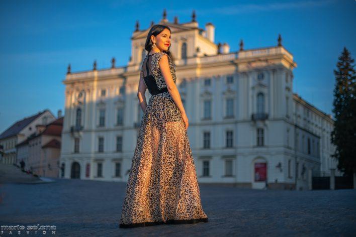 Večerní šaty - Marie Zelená