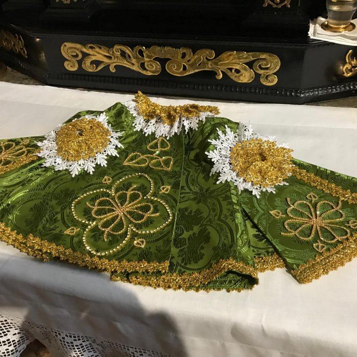 Šaty pro Pražské Jezulátko - Marie Zelená