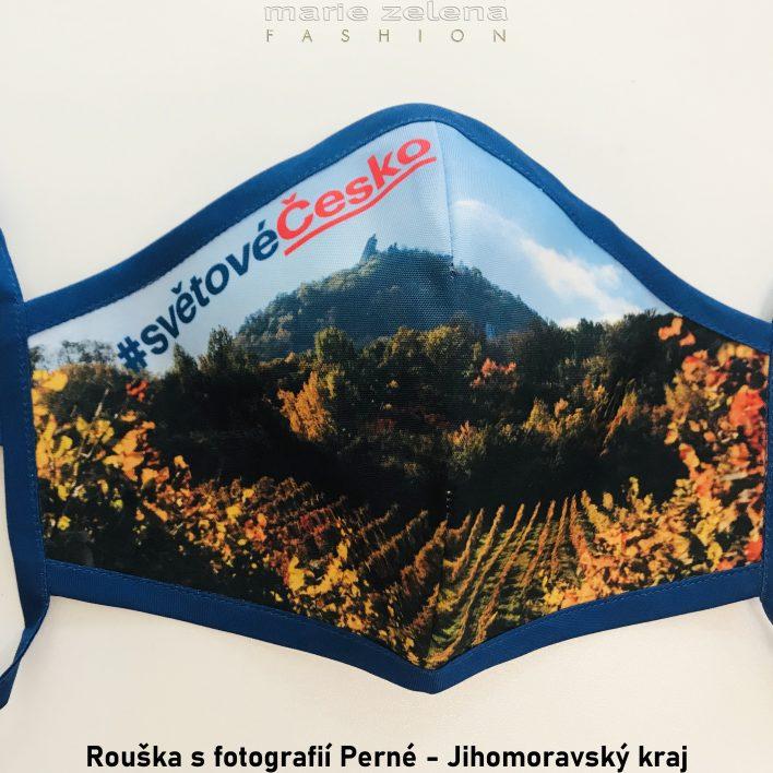 Rouška s fotografií pro Jihomoravský kraj - Marie Zelena Fashion a CzechTourism