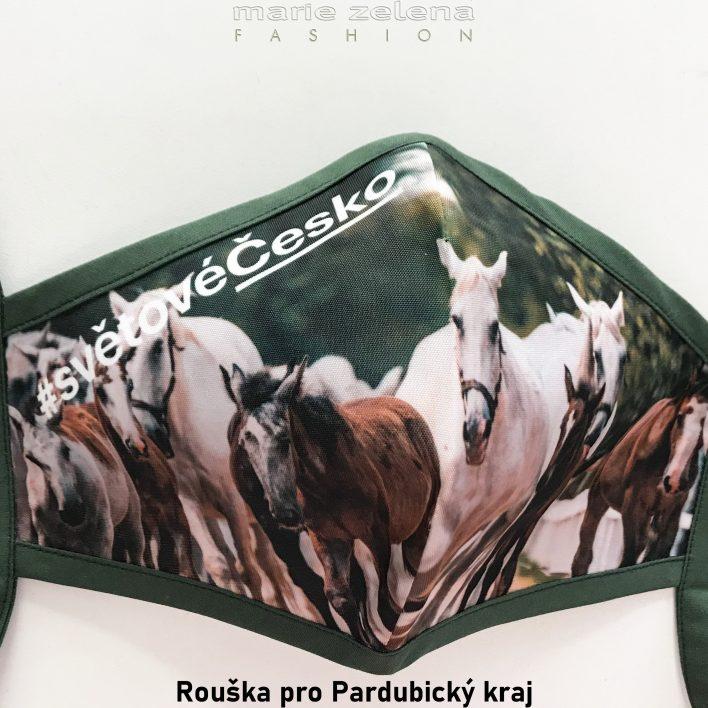 Rouška s fotografií pro Pardubický kraj -  Marie Zelena Fashion a CzechTourism